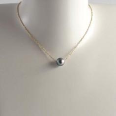 Collier chaine plaqué or perle d'eau douce gris foncé ronde baroque