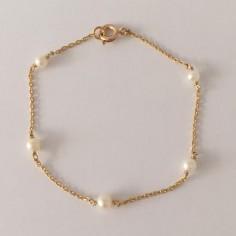 Bracelet chaine plaqué or 5 petites perles blanches