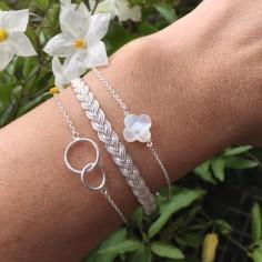Bracelet chaine argent petite croix nacre blanche facetée