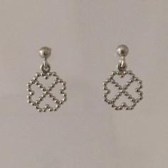Boucles d'oreilles 4 mini coeurs perlés argent