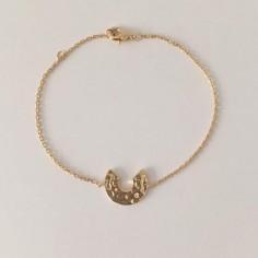 Bracelet chaine plaqué or motif cible ouverte martelée