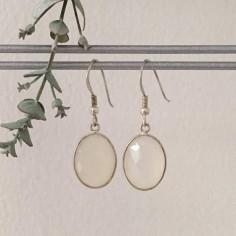 Boucles d'oreilles grosses pierres de lune cerclées argent