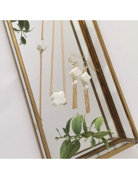 Flat white agate cross chain necklace gold plated