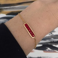 Bracelet chaine plaqué or maillon mini pierres rouges facettées