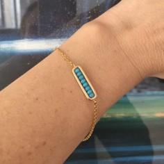 Bracelet chaine plaqué or maillon mini pierres turquoise facettées