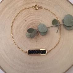 Bracelet chaine plaqué or maillon mini pierres noires facettées