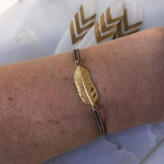 Cord bracelet gold plated feather