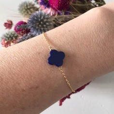 Chain bracelet gold plated small flat lapis lazuli cross