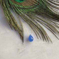 Collier cordon goutte agate bleue facettée