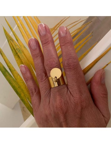 Flat large ring gold plated medal