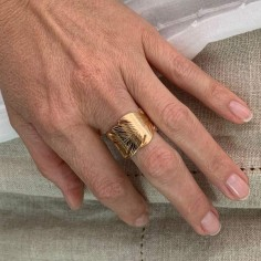 Large feather ring gold plated