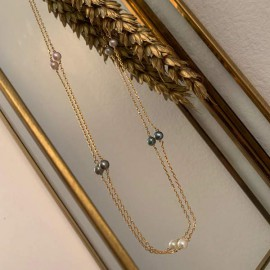 Chain necklace gold plated seven small white freshwater pearls
