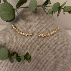 Gold plated 9 zircons earcuffs