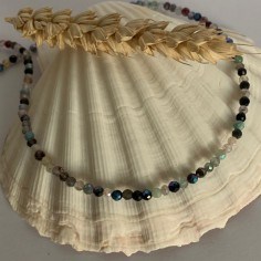 Shiny tourmaline necklace